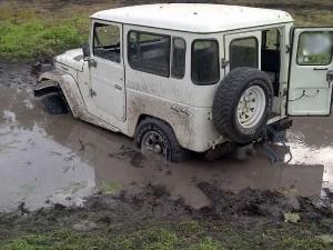 sacar un vehículo del barro
