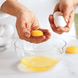 usos de la clara de huevo