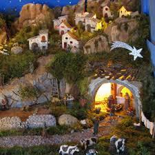 C mo decorar un pesebre navide o te decimos c mo for Como decorar un belen de navidad