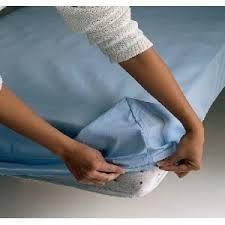 A partir de hoy ya no tendrán más problemas para doblar sábanas ajustables, el cubre colchón