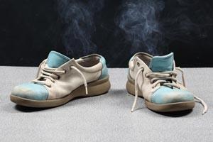 quitar el mal olor de zapatillas deportivas