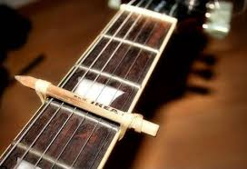 Transporte de guitarra casero