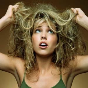 Cuidar el pelo contra la humedad