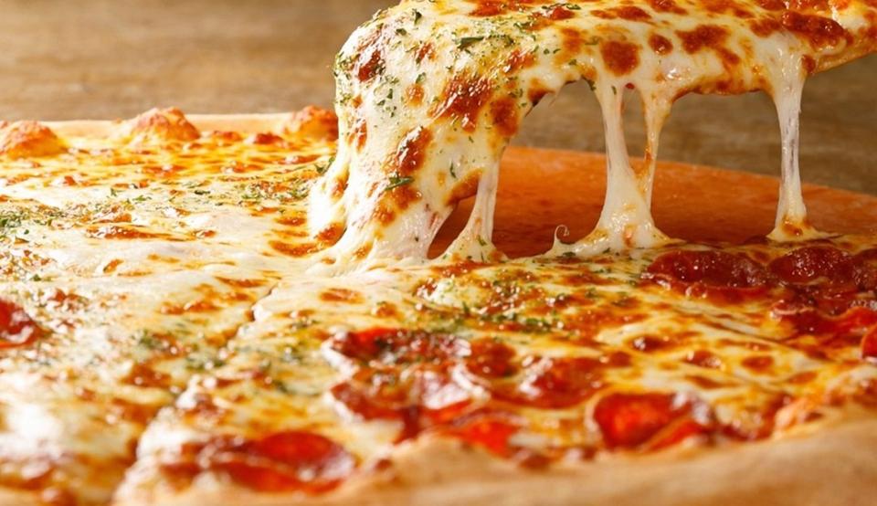 Cómo preparar una rica pizza.